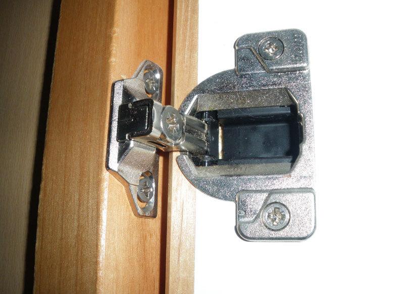 Charniere 33 Compact Blum Seule 110 Sans Embase Compg Cuisinesr